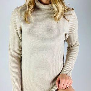 Michael Kors Ribbed Mockneck Turtleneck Sweater M